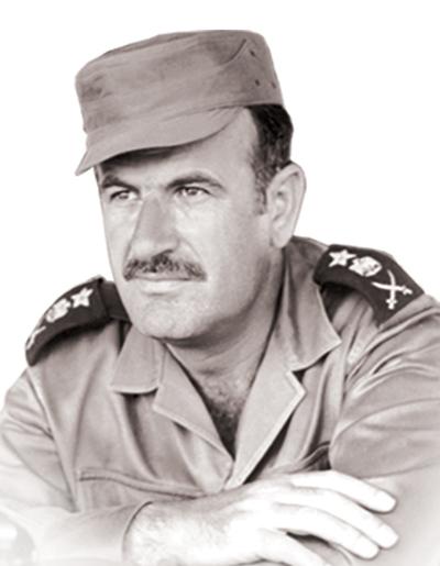 نتيجة بحث الصور عن وزير الدفاع السوري حافظ الاسد